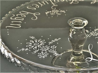 personalised glass cake stand with flower design