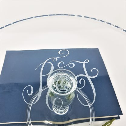 2 initials on glass cakestand wedding gift1