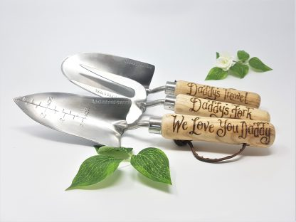 daddys trowel daddys fork we love you daddy personalised garden tools1