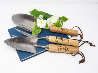 personalised garden tools hand engraved gift prop 43